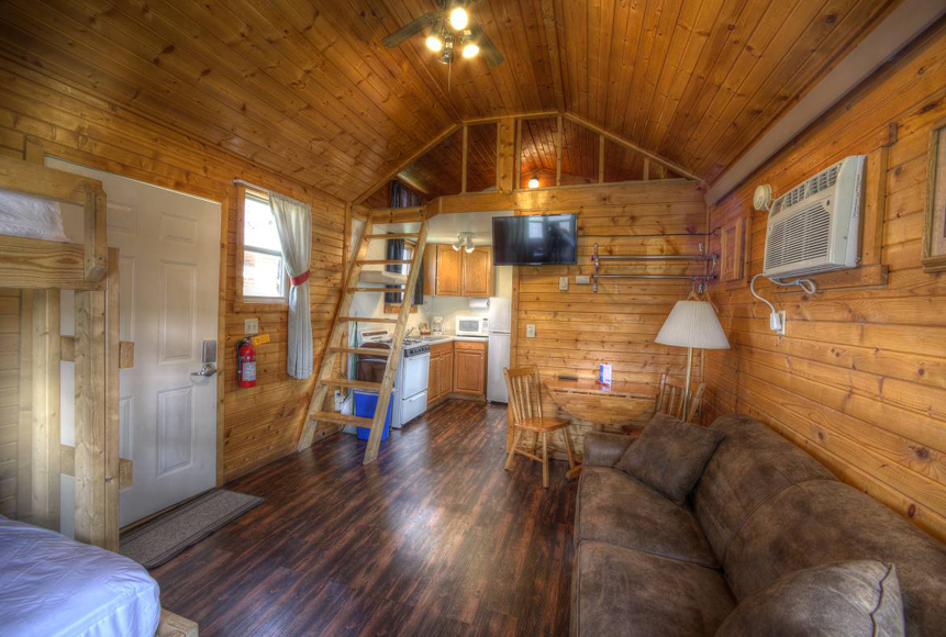 Family Sized Cabin In The Black Hills